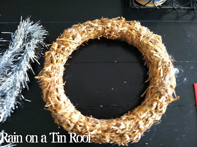 Easy DIY Tinsel Wreath