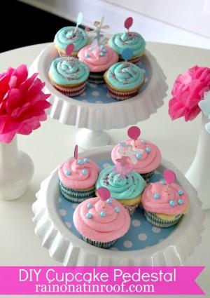 DIY Cupcake Pedestals {rainonatinroof.com}
