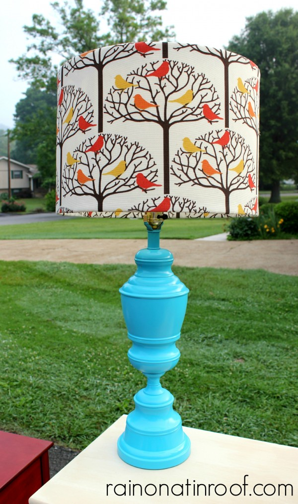Yard Sale Lamp Makeover {rainonatinroof.com} #yardsale #lamp #makeover