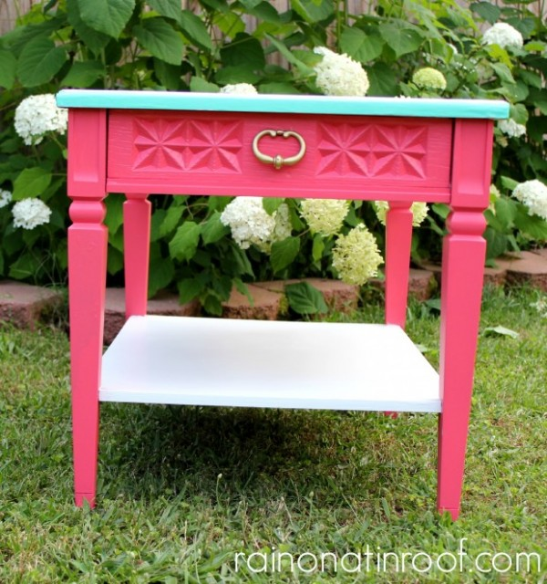 Coral & Green Striped Table {rainonatinroof.com} #makeover #diy #coral #green #stripes