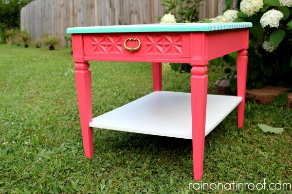 Green Striped & Coral Table {rainonatinroof.com} #green #striped #makeover