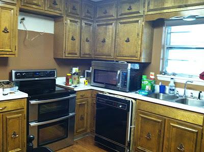 Kitchen Renovation via RainonaTinRoof.com
