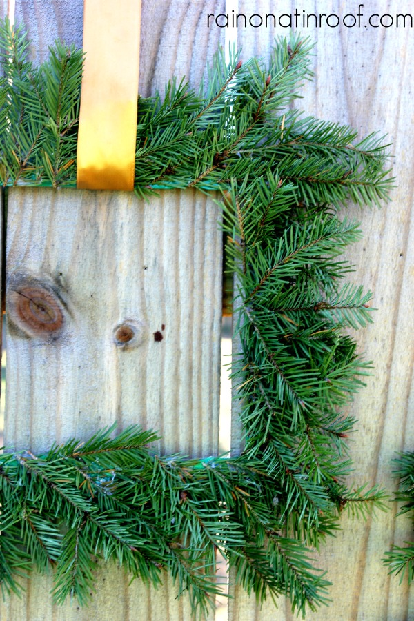 How to Make an Evergreen Wreath using Paint Sticks