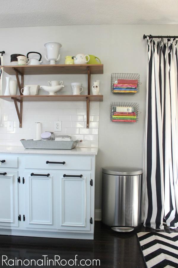 Repose Gray Walls + The Easiest Way to Paint a Room via RainonaTinRoof.com #homeright #paintstickeztwist #reposegray