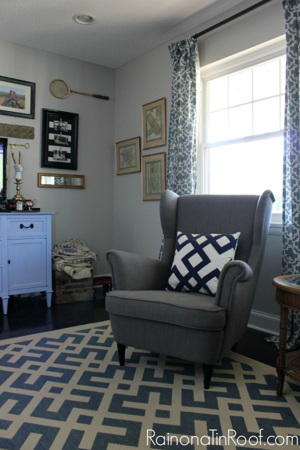 Repose Gray Bedroom: Repose Gray Walls In The Living Room