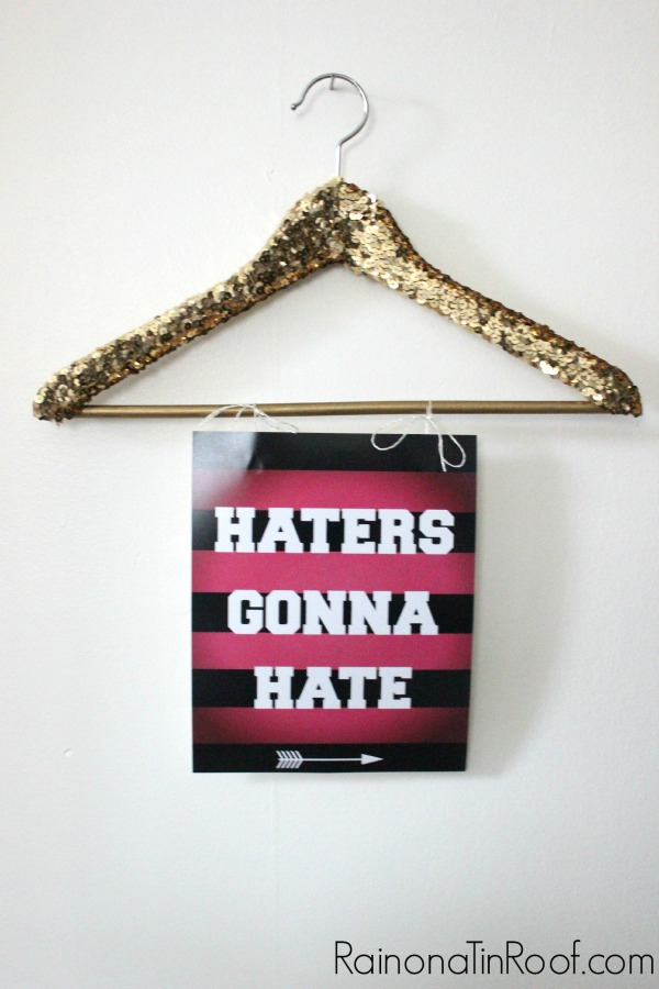 Sequined Coat Hangers + Free Printable Life Quotes via RainonaTinRoof.com #lifequotes #sequins #coathanger