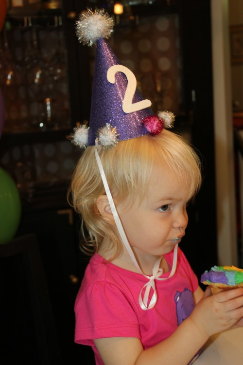 DIY Birthday Hat via RainonaTinRoof.com #birthday #partyhat #kids