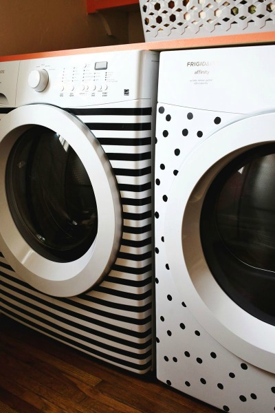 Electrical Tape Crafts: Electrical Tape Decorated Washer and Dryer