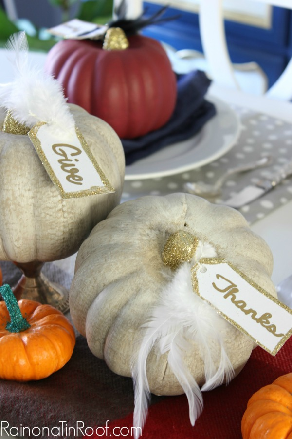 Aged Pumpkin Place Card Holders