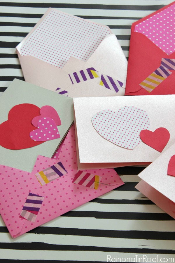 Make your own valentine day cards - everything you need is in the package! Valentine Cards and Decor in an hour