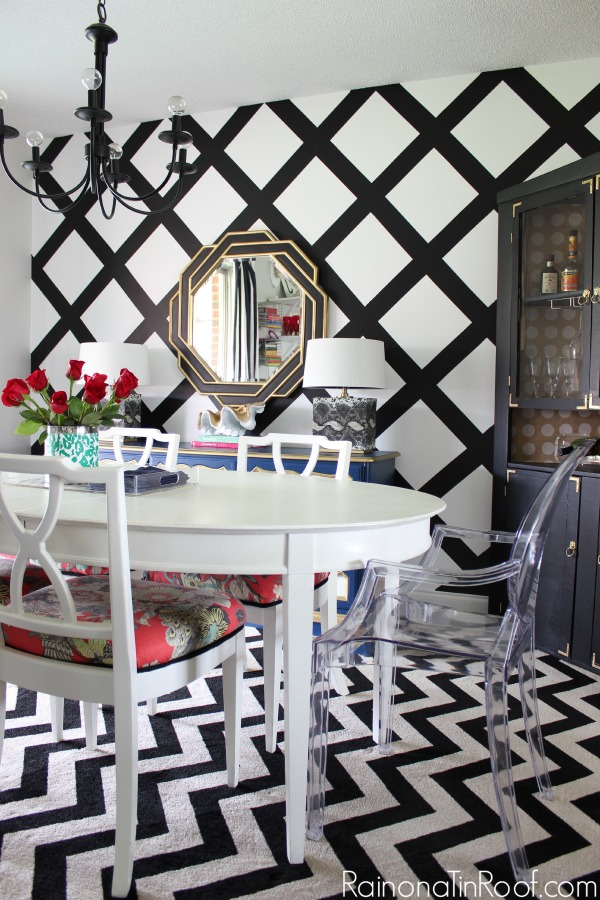 Black and White Dining Room: Spring Home Tour