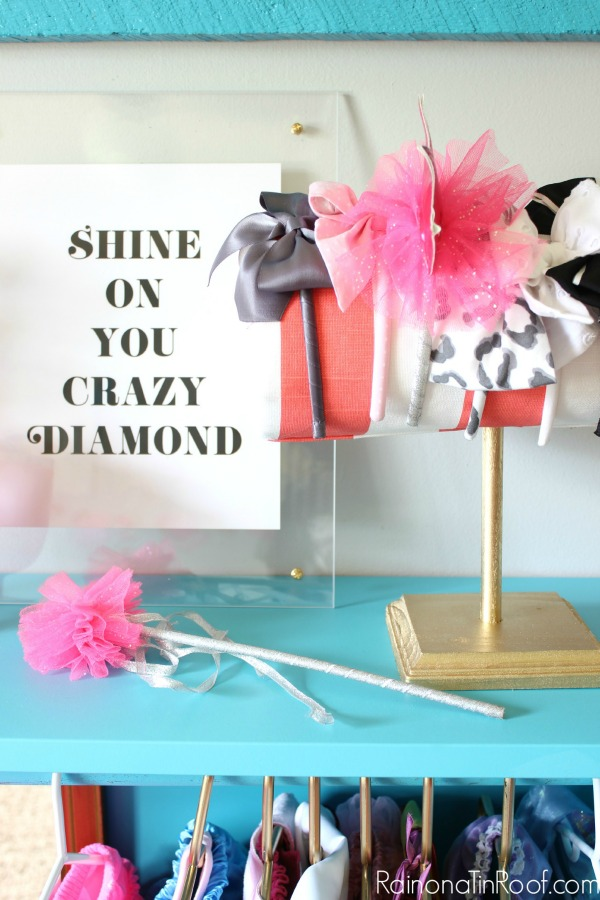DIY Dress Up Storage / DIY Headband Holder / DIY Lucite Frame