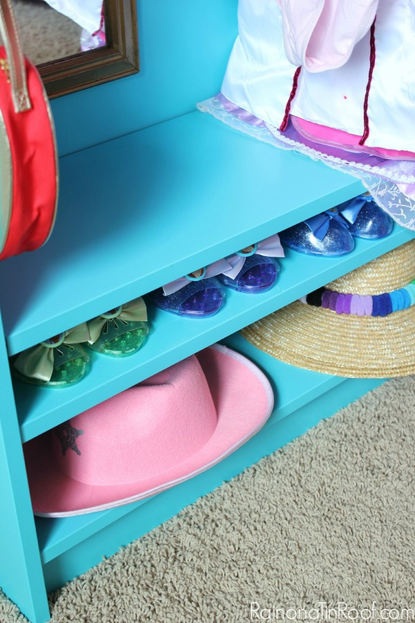 Superbe DIY Dress Up Closet   Made From An IKEA Billy Bookcase. Easy IKEA Hack!