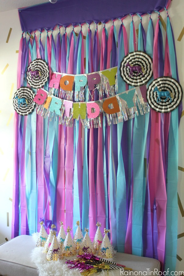 Sparkly horse birthday party for Backdrop decoration for birthday