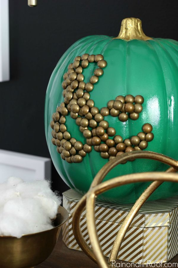 Fall Home Tour with simple fall decorating ideas / DIY Ampersand Pumpkin