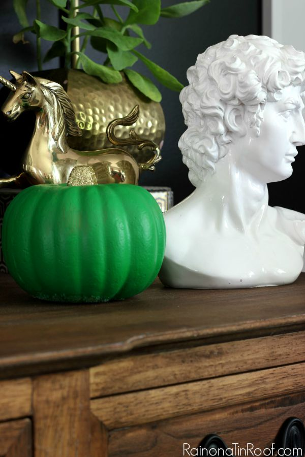 Fall Home Tour with simple fall decorating ideas / Dollar Tree Painted Pumpkin / White Bust / Gold Unicorn