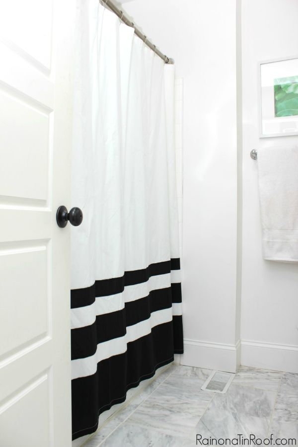 Fall Home Tour / The Bathroom / Black and White Shower Curtain