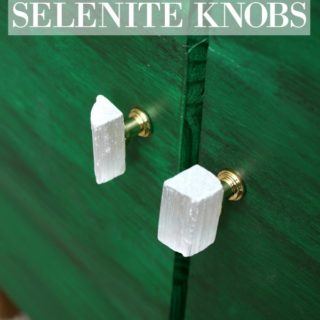 DIY Selenite Knobs - These are GORGEOUS! Plus, they cost LESS than $1 per knob to make! / DIY Hardware / Gem Knobs / Gem Hardware / Stone Knobs / Stone Hardware