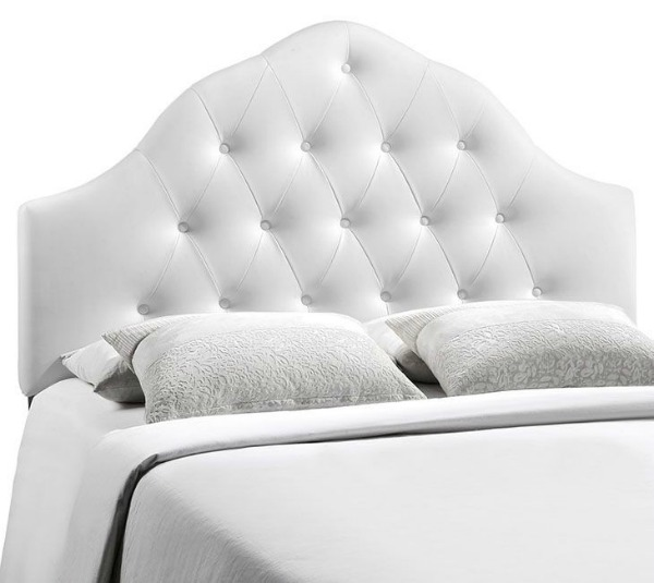 King Size Headboards for $300 or Less + Awesome Sources for all Sizes of Headboards - gorgeous selections and affordable! White Upholstered Headboard