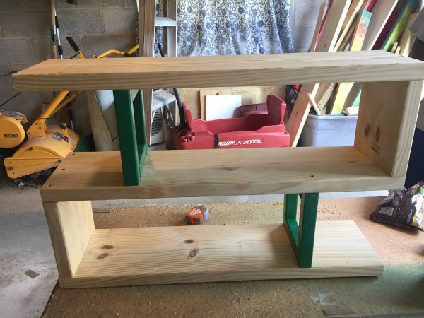 DIY Modern Rustic Bookshelf - assembling - Rain on a Tin Roof