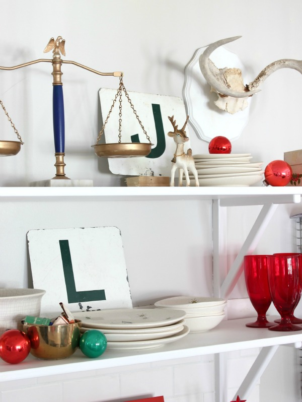 The Kitchen: Christmas Home Tour / Holiday Decorating / Christmas Decorating / Holiday Decor / Christmas Decor