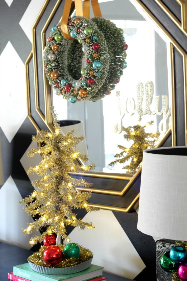 Bottle Brush Wreath / Tinsel Tree / Christmas Home Tour / Holiday Decorating / Christmas Decorating / Holiday Decor / Christmas Decor