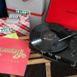 Record Player with Christmas Albums / Christmas Home Tour / Holiday Decorating / Christmas Decorating / Holiday Decor / Christmas Decor