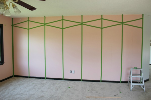 Create an accent wall with FrogTape and paint!
