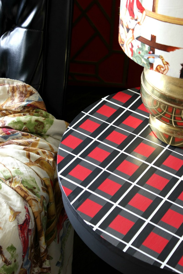 Wall Painting Ideas and Paint Designs ANYONE Can Do! This article is FULL of DIY painting ideas including wall painting techniques, wall painting designs and other painting ideas like this plaid painted tabletop!