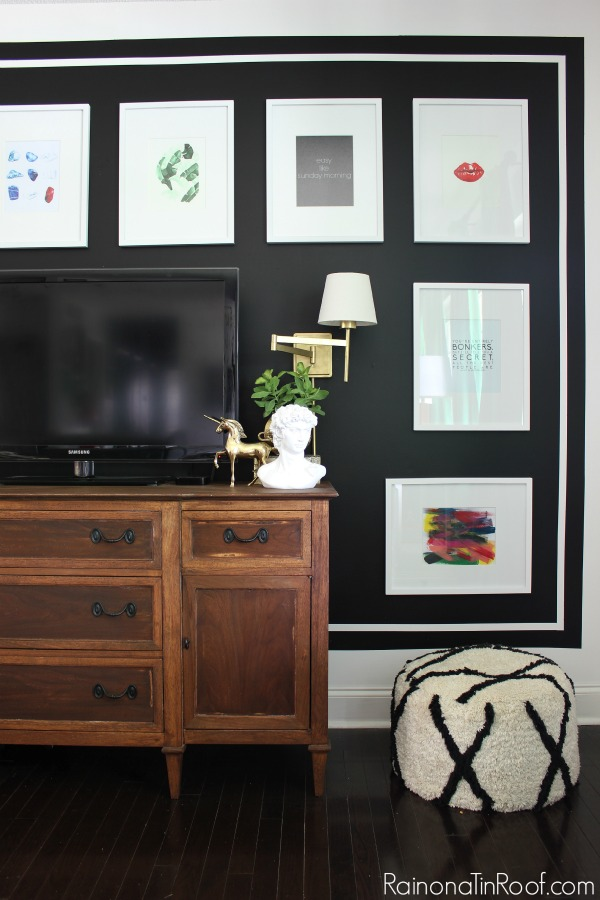 How to Accessorize a Space Without Over-Accessorizing - gives great guidelines and suggestions for using just the right amount of home accessories to make a big decorating impact! Good living room decorating ideas.