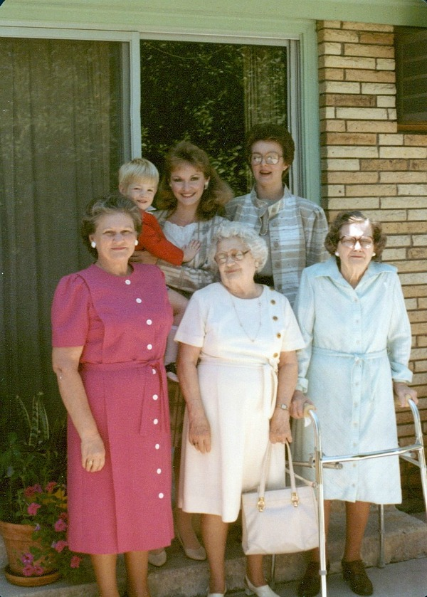 Legacybox: Keeper of the Family History