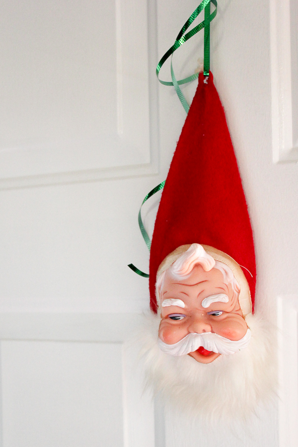A Colorful Christmas Home Tour: Christmas Decorating in the Entry