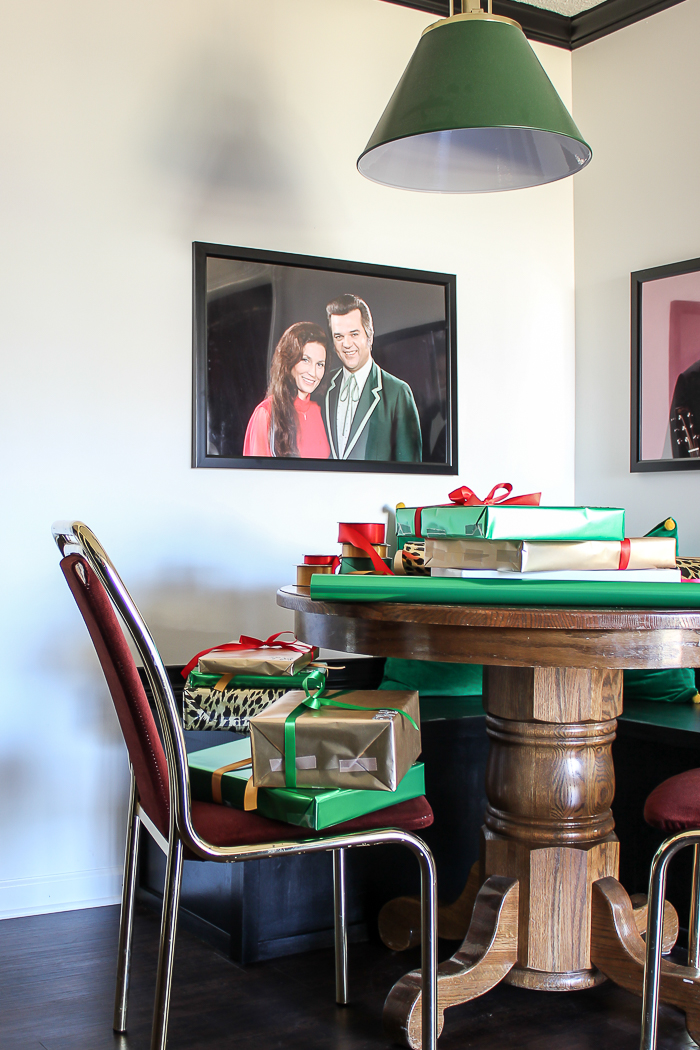 A Colorful Christmas Home Tour: The Kitchen