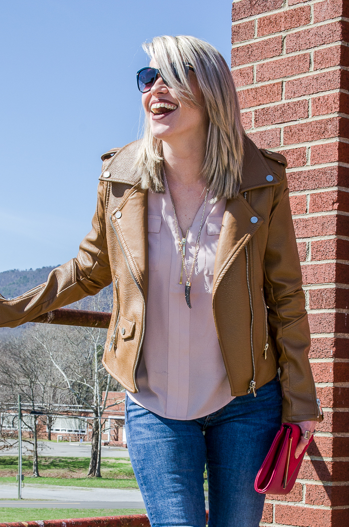 Casual Chic Style | Casual Chic Outfit Spring and Fall | Brown Leather Jacket Outfit Women | Brown Leather Jacket Outfit Fall and Spring | Casual Cute Outfits | Casual Chic Fashion
