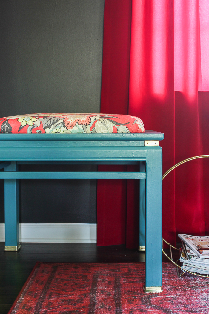 This is a great furniture makeover idea for an end table makeover - find out how to turn a side table into a bench. Easy side table redo in a day!