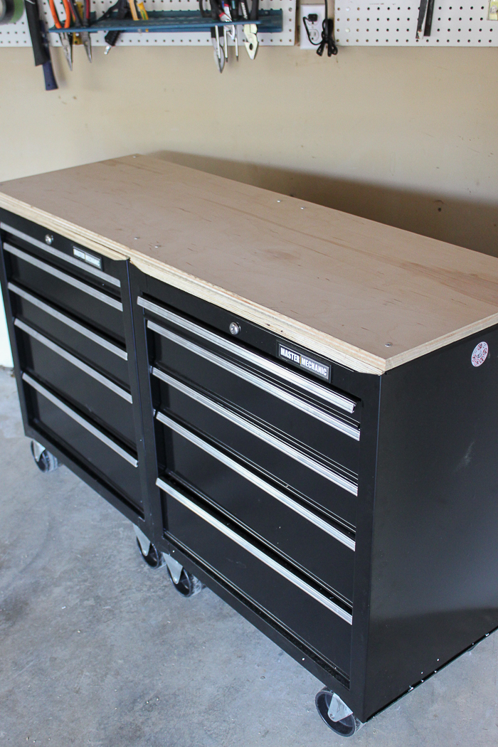 Mobile Workbenches For Garages : One stop workshop diy mobile workbench pegboard
