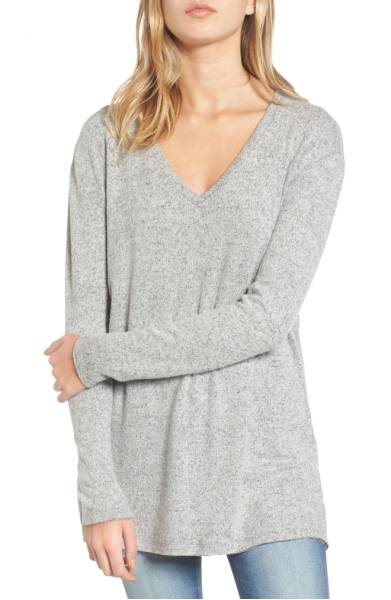 Best Sweaters for Fall Under $50: Oversized Cozy V-Neck Sweater