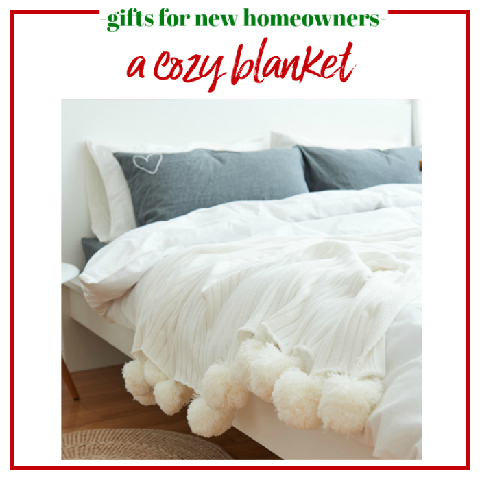 Gifts for New Homeowners - a cozy blanket.
