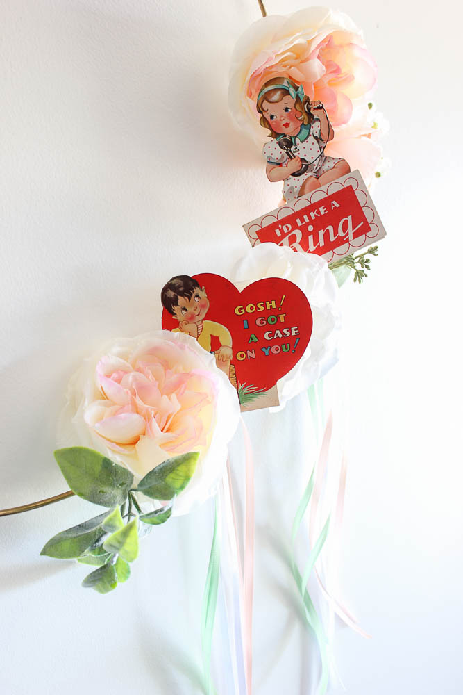 Simple Valentine Wreath using vintage valentines you can print.