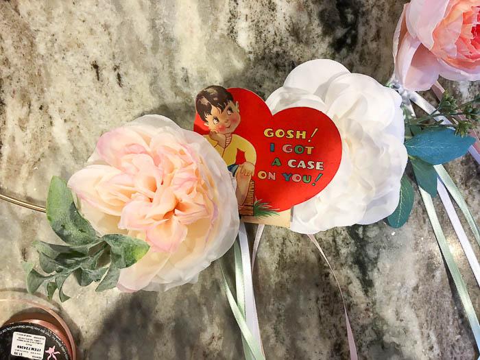 Valentines wreath with printable vintage valentines.