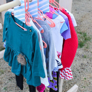 DIY Clothes Racks and Free Printable Size Dividers - perfect for extra hanging clothes storage, yard sales and kid's closets.