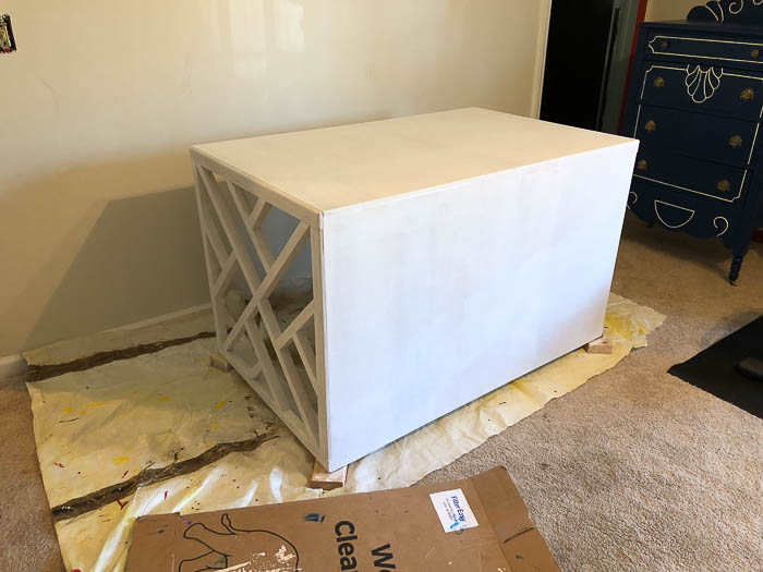 DIY Chippendale desk - priming.