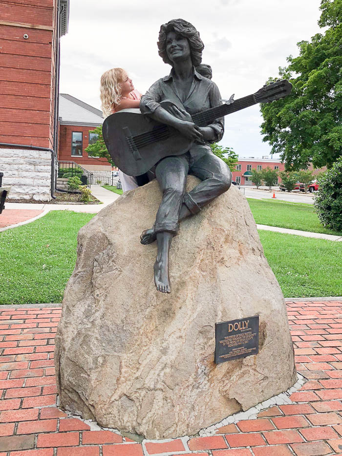 Pigeon Forge Attractions - Dolly Parton Statue in Sevierville