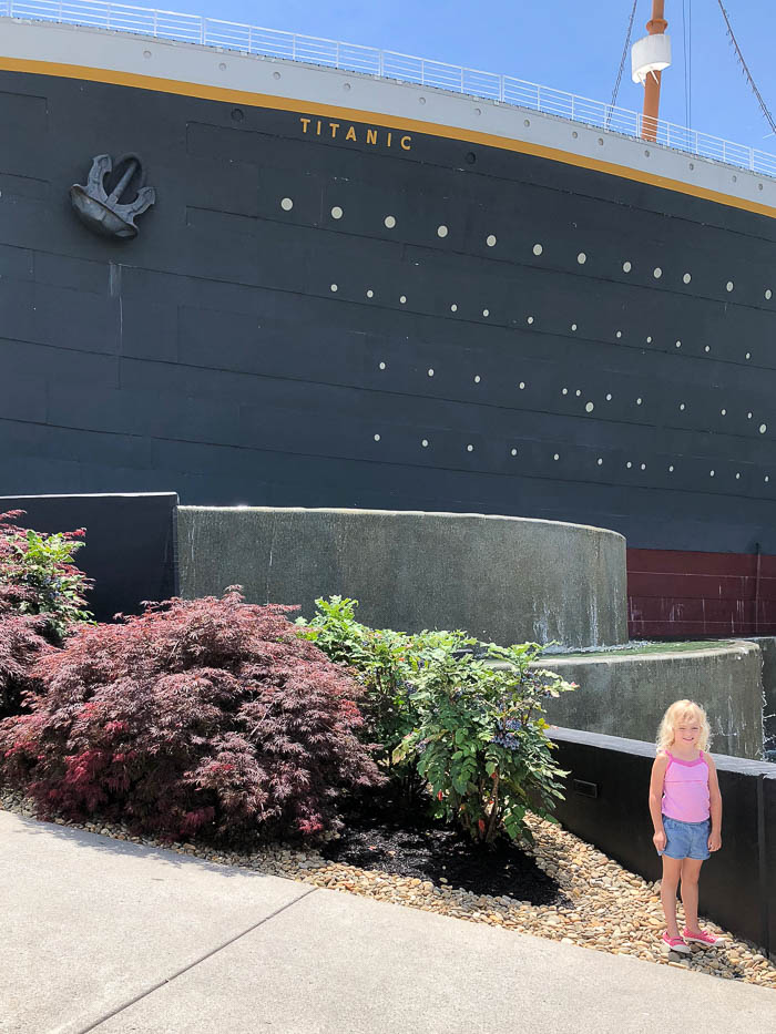 Pigeon Forge Attractions - Titanic Museum