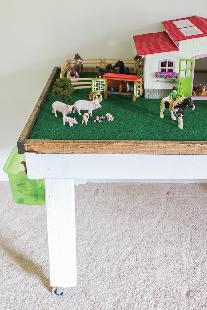 kids farm play table