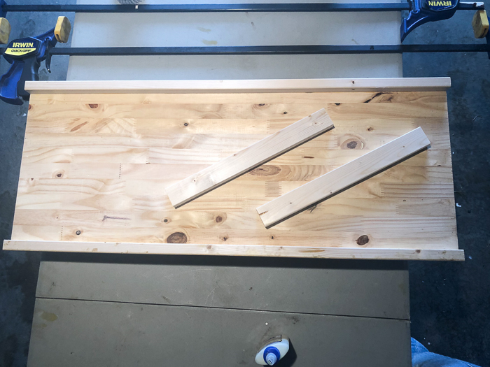 Simple DIY Bathtub Tray