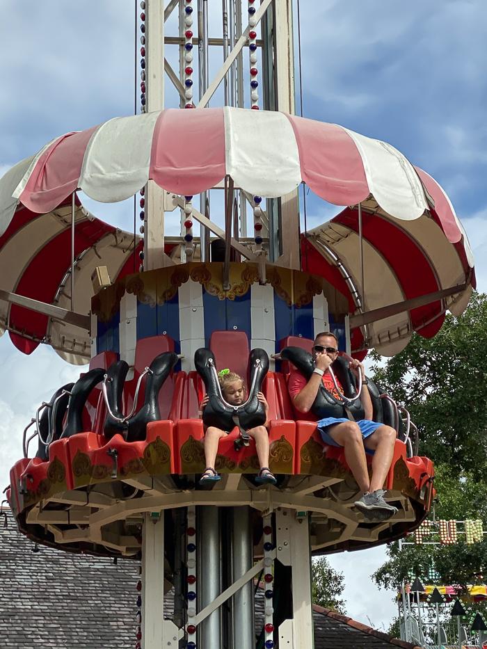 Carousel Gardens Amusement Park in New Orleans - Kid Friendly