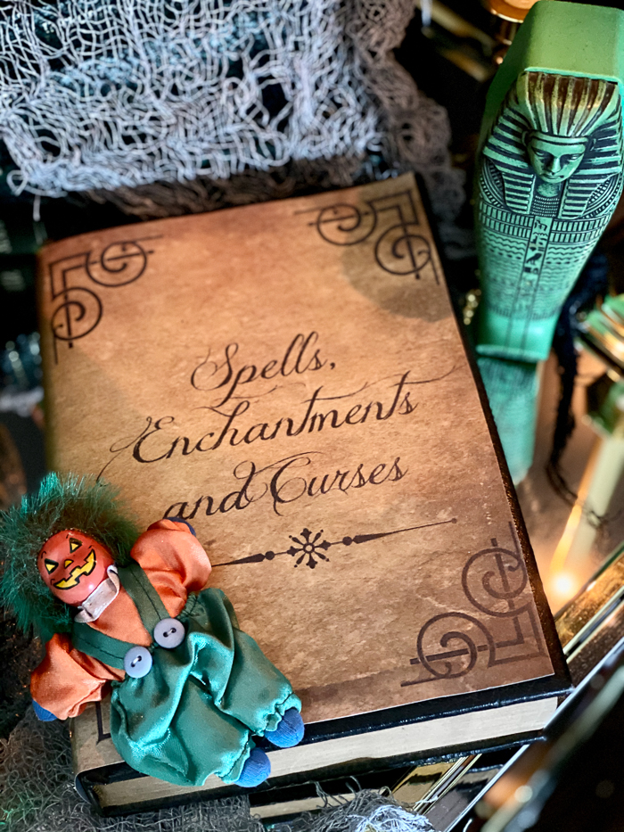 Printable Spell Book for Halloween